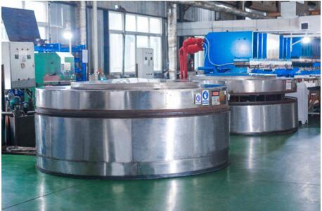 超大型节能硫化橡胶机(专利)